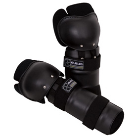 A.R.C. Corona Knee Guards
